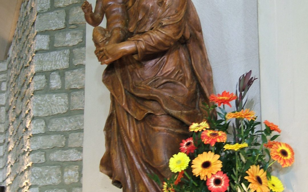 El Beato María Eugenio del Niño Jesús y la Virgen María