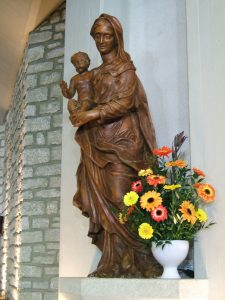 Statue of the Virgin Mary, chapel of St Emerentiana