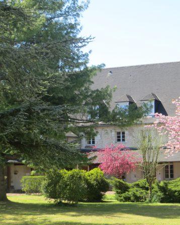 Abbaye-Aile Ouest au printemps