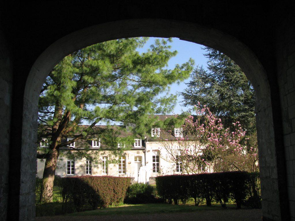 Abbaye - le porche