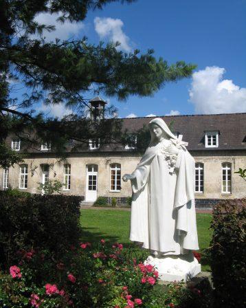 Abbaye – Ste Thérèse de l'E.J. accueille
