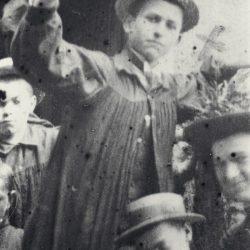 Henri Grialou en 1908 à Graves, avec sa classe de 3ème / With his class