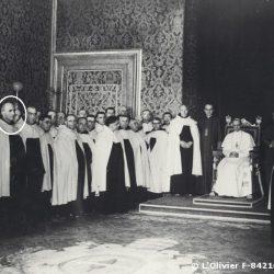 1947, une délégation de l'Ordre du Carmel en audience avec le Pape Pie XII / The Carmes with the Pope Pie XII